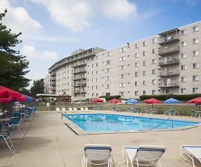 Pool, Evalee Apartments