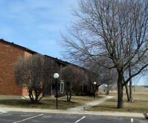 Building, Delavan Court Apartments