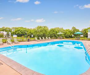 Pool, The Flats at Minor Park