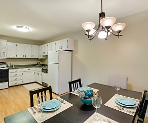 Dining Room, The Calhoun Greenway