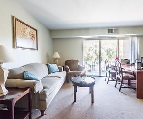 Living Room, Fox Rest