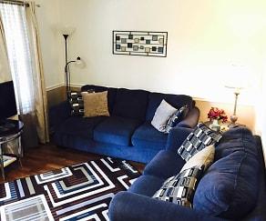 Living Room, Green Acres Short Term Rentals