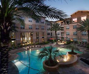 7 Square Apartment Homes, Memorial High School, Houston, TX