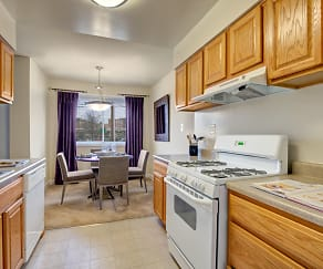 Seminary Hill Apartments, Alexandria West, Alexandria, VA