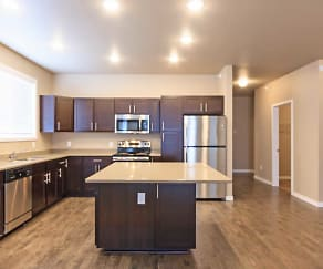Kitchen, Pinecrest Apartments