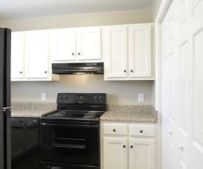 Kitchen, Waverly Pointe