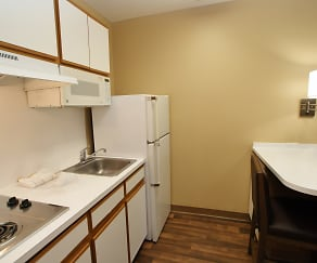 Kitchen, Furnished Studio - Durham - University - Ivy Creek Blvd.