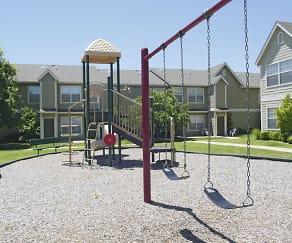 Playground, Alameda Pointe