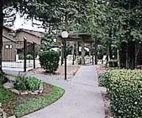 Courtyard, Fulton Woods