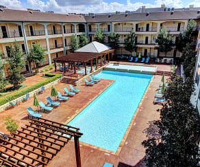 Pool, Avanti Hills