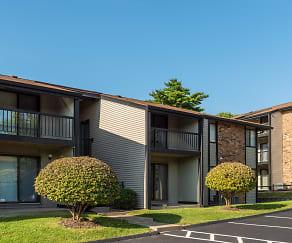 Whisper Hollow Apartments, Ladue, MO