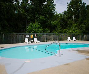 Pool, Southgate Manor