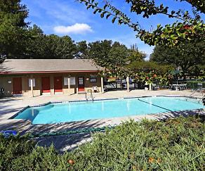 Pool, Crossroads Market