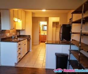 Kitchen, 391 Grand Ave Apt 102