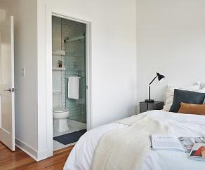Bedroom, Common Racine 1831 S Racine Ave