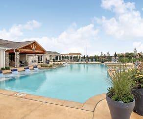 Pool, Sonoma Hill