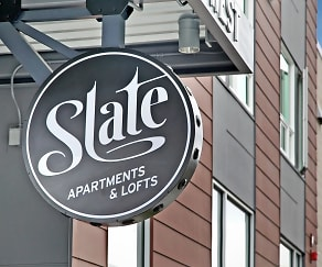 Community Signage, Slate Apartments & Lofts