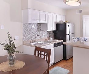 Kitchen, The Grove at Deerwood