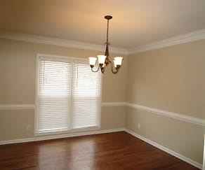 Dining Room, 577 Braidwood Drive Nw