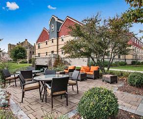 Outdoor Recreational Area at Lake Oaks Apartments, Lake Oaks Senior Apartments