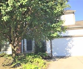 4545 Wyandotte Circle, Huber Ridge, OH