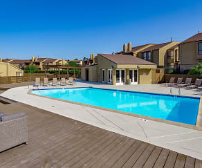 Pool, Woodbridge Mount Helix