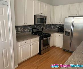 Kitchen, 532 Samuel Chase Way