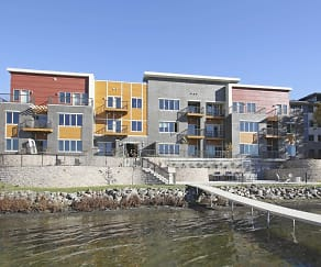Building, Lake Edge Apartments