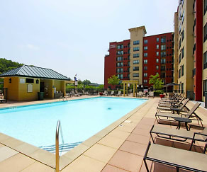 Pool, Merritt River Apartments