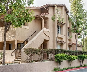 Apartment Homes in Oceanside, CA, River Oaks