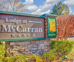 Community Signage, The Lodge At McCarran Ranch