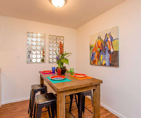 Dining Room, Pepper Tree Apartments