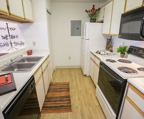 Kitchen, The Landings At The Preserve Apartments