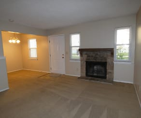 Living Room, 10006 NW Player C