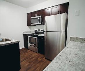 Kitchen, Oak Lake Apartments