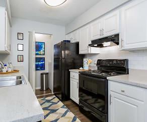 Kitchen, Reserve at Lake Irene