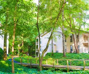 Landscaping, Birch Landing Atlanta Apartments