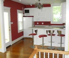 kitchen1.JPG, 144 Pennsylvania ave