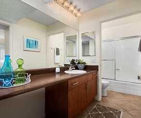 Two Bedroom Apartment Master Bath, eaves San Dimas Canyon
