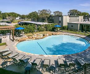 Pool, Creekside Villas at Clear Lake