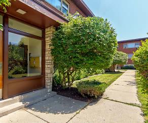 Building, 817 Seward Apartments