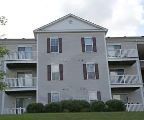 Building, Berkley Manor Apartments