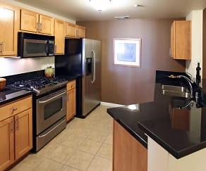 Kitchen, Village At Idlewild Park
