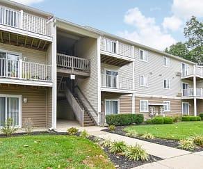 Building, Summit Apartments