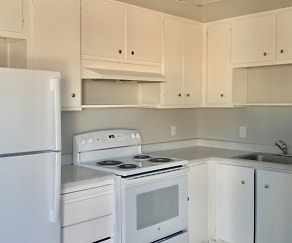 Kitchen, Montecito Apartments
