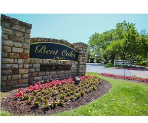 Community Signage, Bent Oaks Apartment Homes