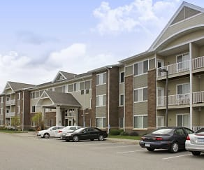 Building, Lakeville Woods Apartments