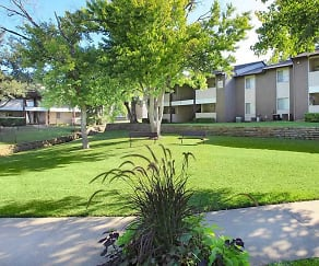 Courtyard, Hutton Creek