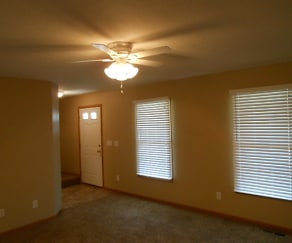 Living Room, 406 Greenapple Place