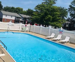 Pool, Seven Oaks Apartments
